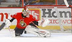 Robin+Lehner+Toronto+Maple+Leafs+v+Ottawa+DbeCLgjSlU3l