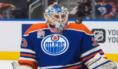 edmonton-oilers-goalie-cam-talbot-33-makes-a-save-against