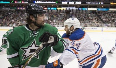 9070859-zack-kassian-patrick-sharp-nhl-edmonton-oilers-dallas-stars-850x560